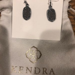 New Kendra Scott without tags